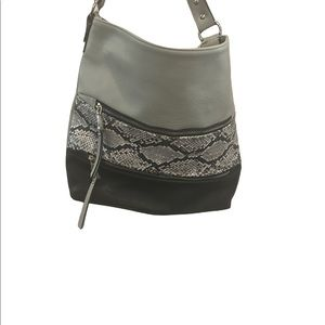 """Bag by Laura -brand new - approx 12"""" x 15"""" - snakeskin -.5 zippered pockets NWOT"""